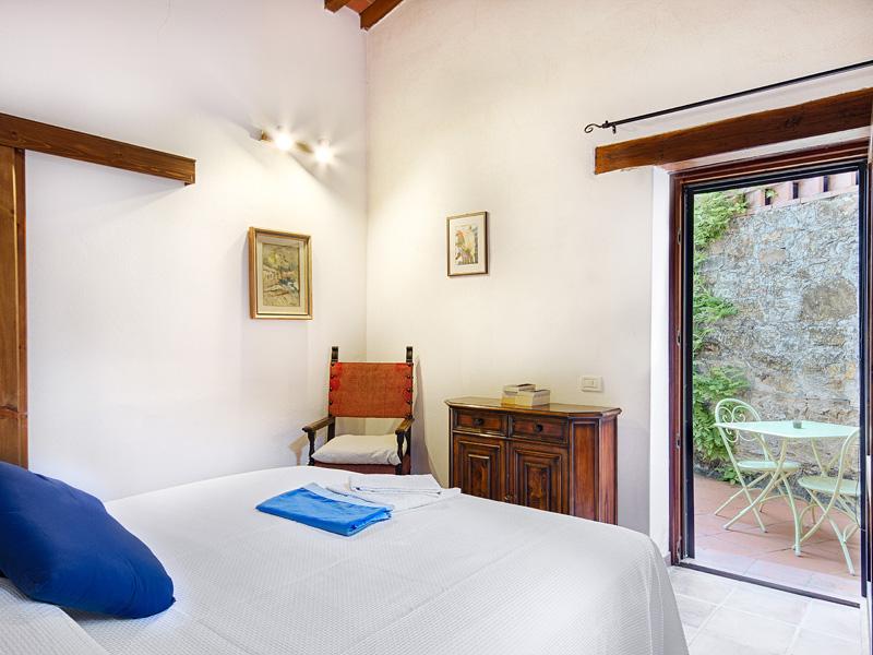 Casa e appartamenti vacanze vicino a firenze appartamenti for Piani casa tetto del fienile