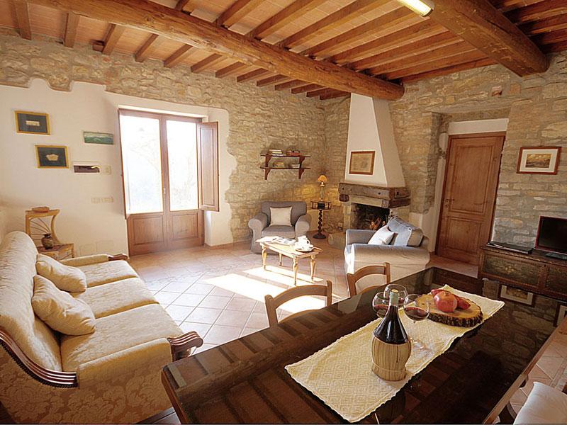 Casa e appartamenti vacanze toscana appartamenti con for Casa di campagna toscana